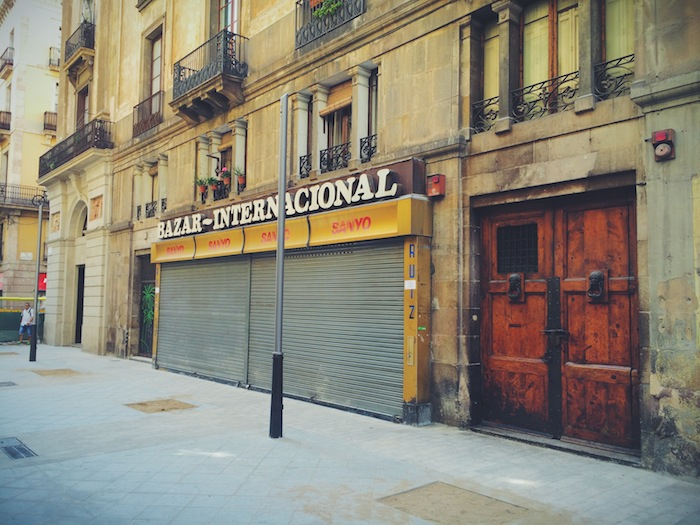 Eine der Bars in Xampanyeria Barcelona