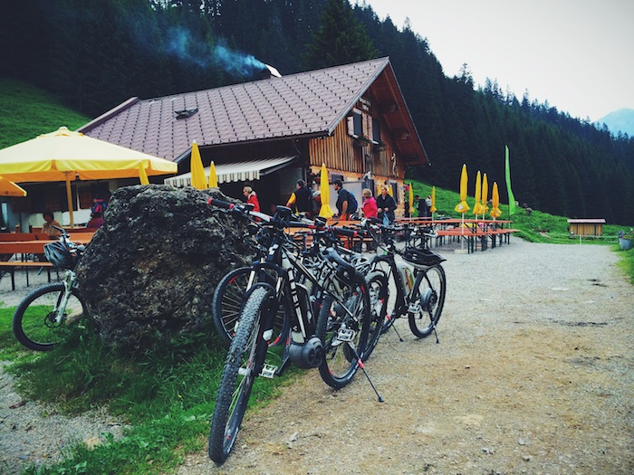 Mountainbikes standing in front of a hut in the Kleinwalsertal in Austria