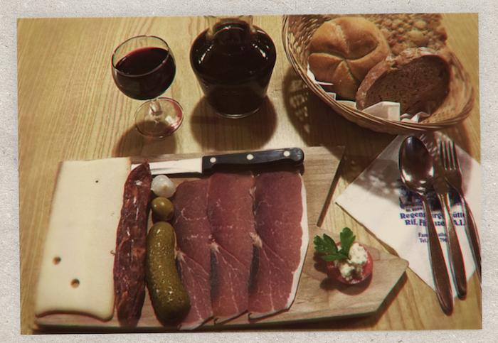 Zu Digital Detox in Südtirol gehört eine Brotzeit