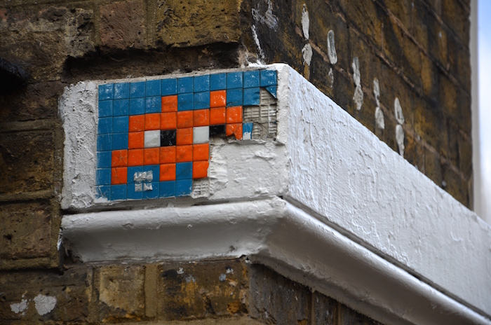 Auch Space Invader ist Streetart in London
