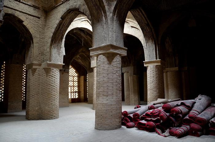 Visum Iran: Ein Gebetsraum der Jameh Moschee in Esfahan