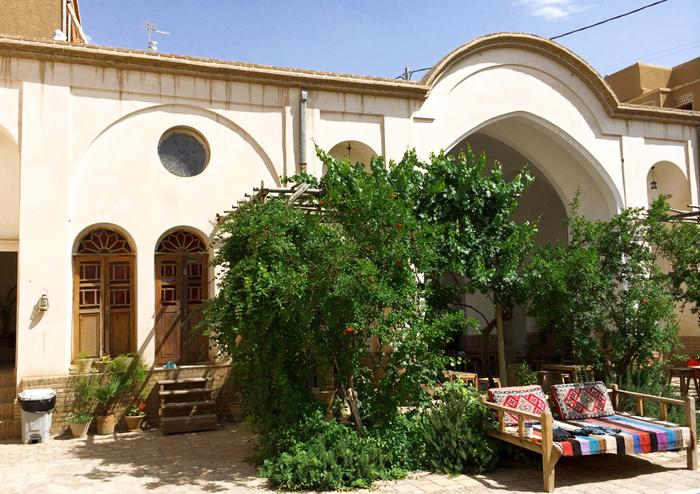 Mit dem Visum Iran kommt man bis in die Wüstenstadt Yazd