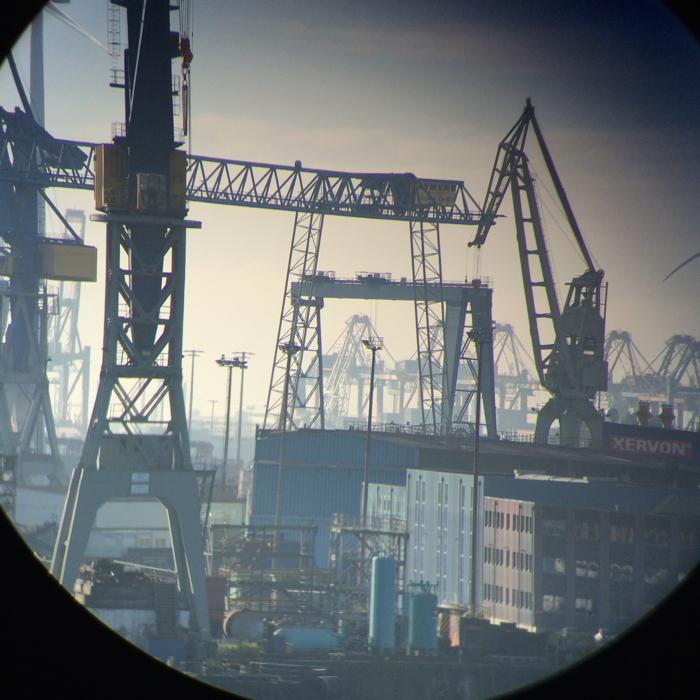 Beste Hamburg Tipps: Kräne im Hamburger Hafen