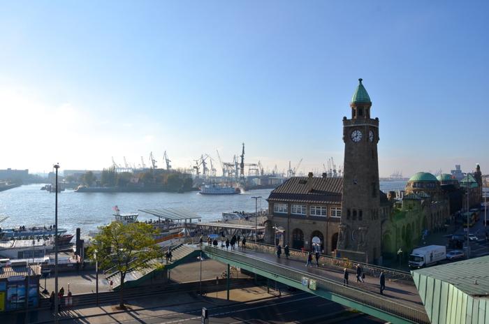 Die Landungsbrücken gehören auch zu meinen Hamburg Tipps