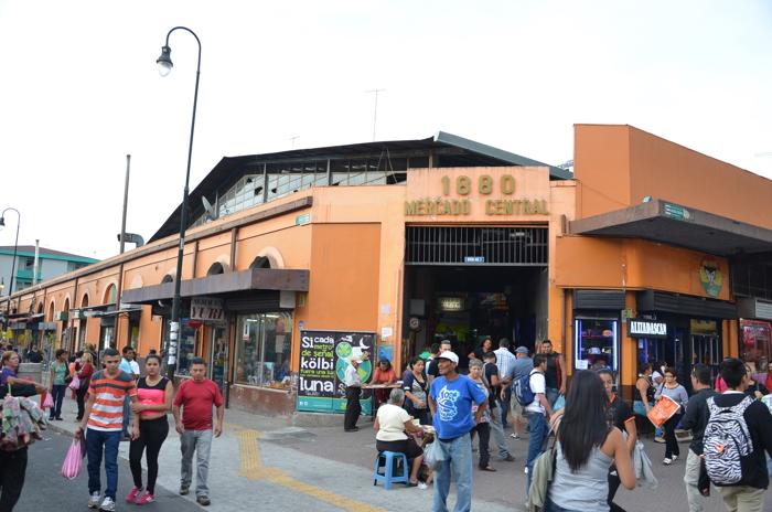 Das Abenteuer Costa Rica beginnt in San Jose mit Pura Vida