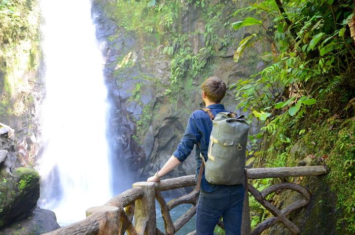 Kein Abenteuer Costa Rica ohne einen Wasserfall und Pura Vida