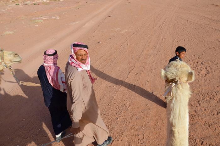 Beduinen im Wadi Rum in Jordanien