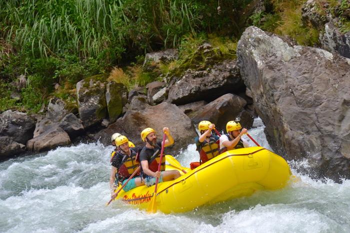 Kein Abenteuer in Costa Rica ohne White Water Rafting und Pura Vida