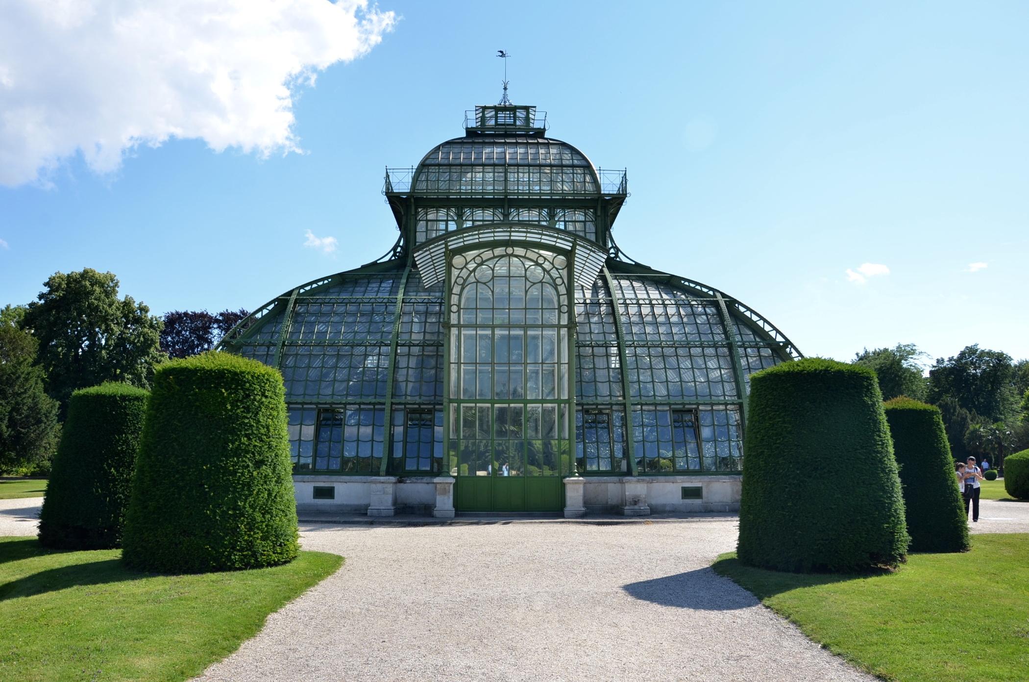 Schloss Schönbrunn und der Schlosspark sind eine der Unesco Welterbestätten
