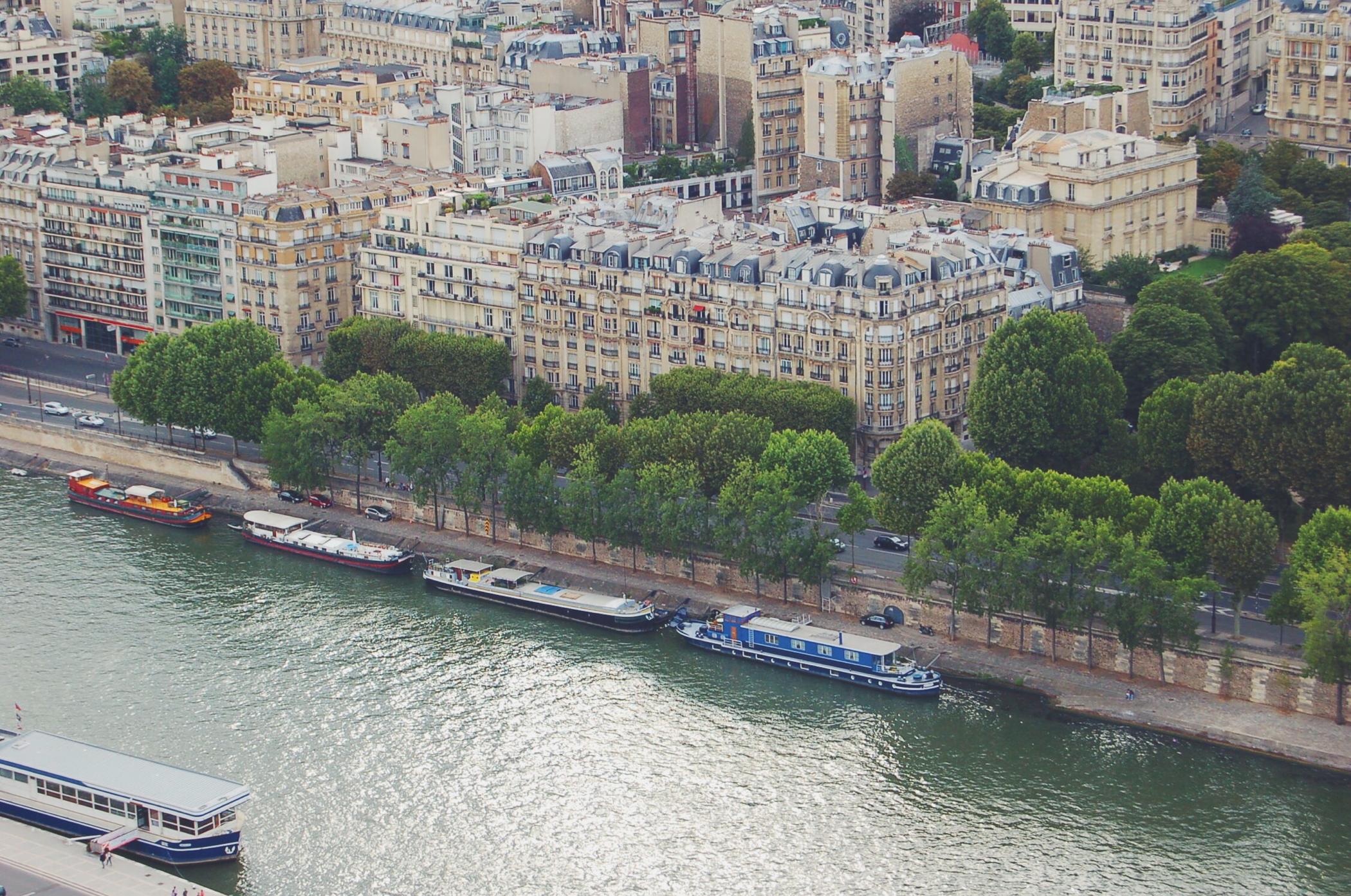 Ein Tag in Paris an der Seine