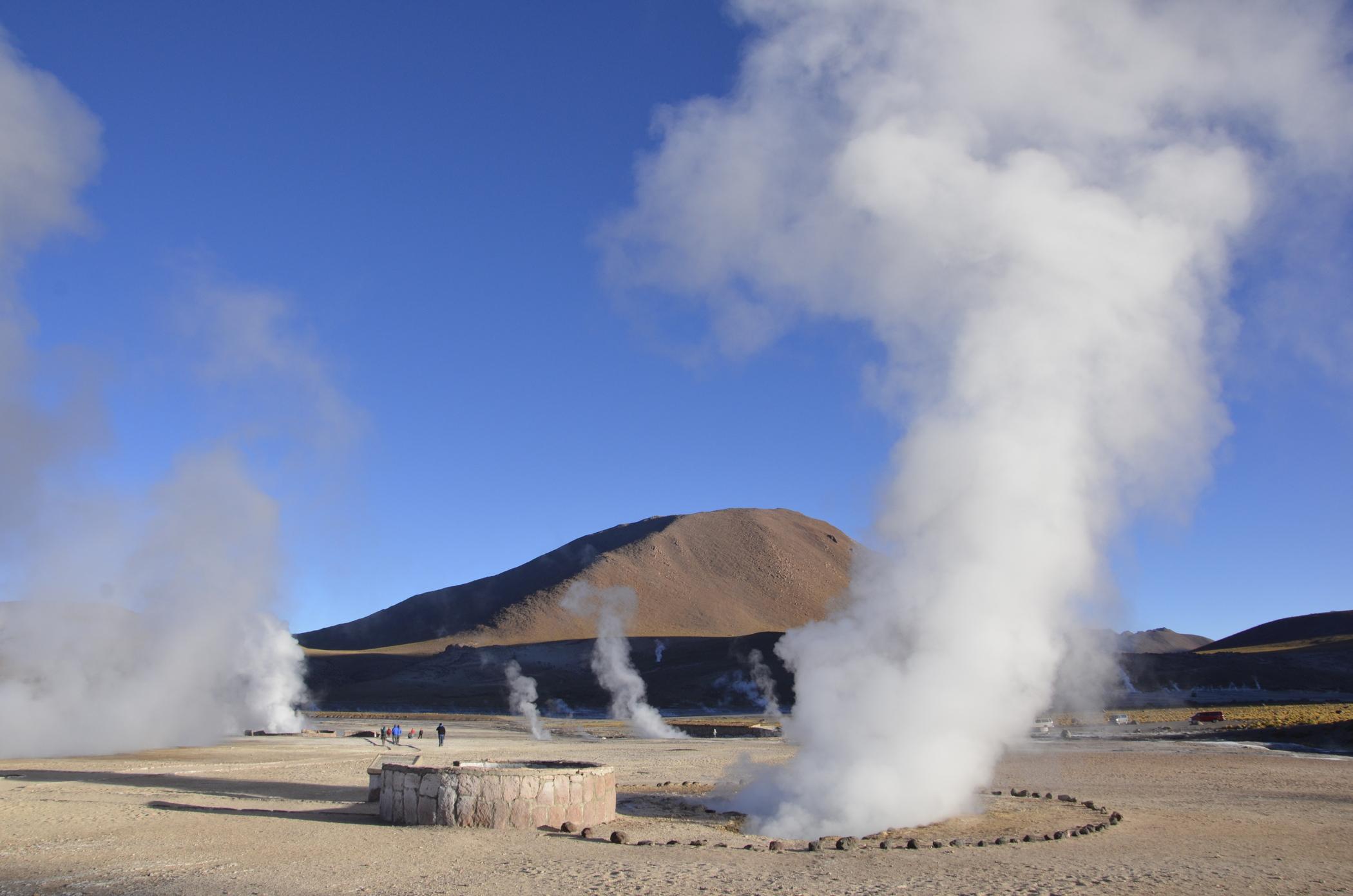 Sehenswürdigkeiten Chile wie die Geysire von El Tatio
