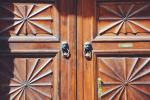 Die pittoresken Türen von Turin