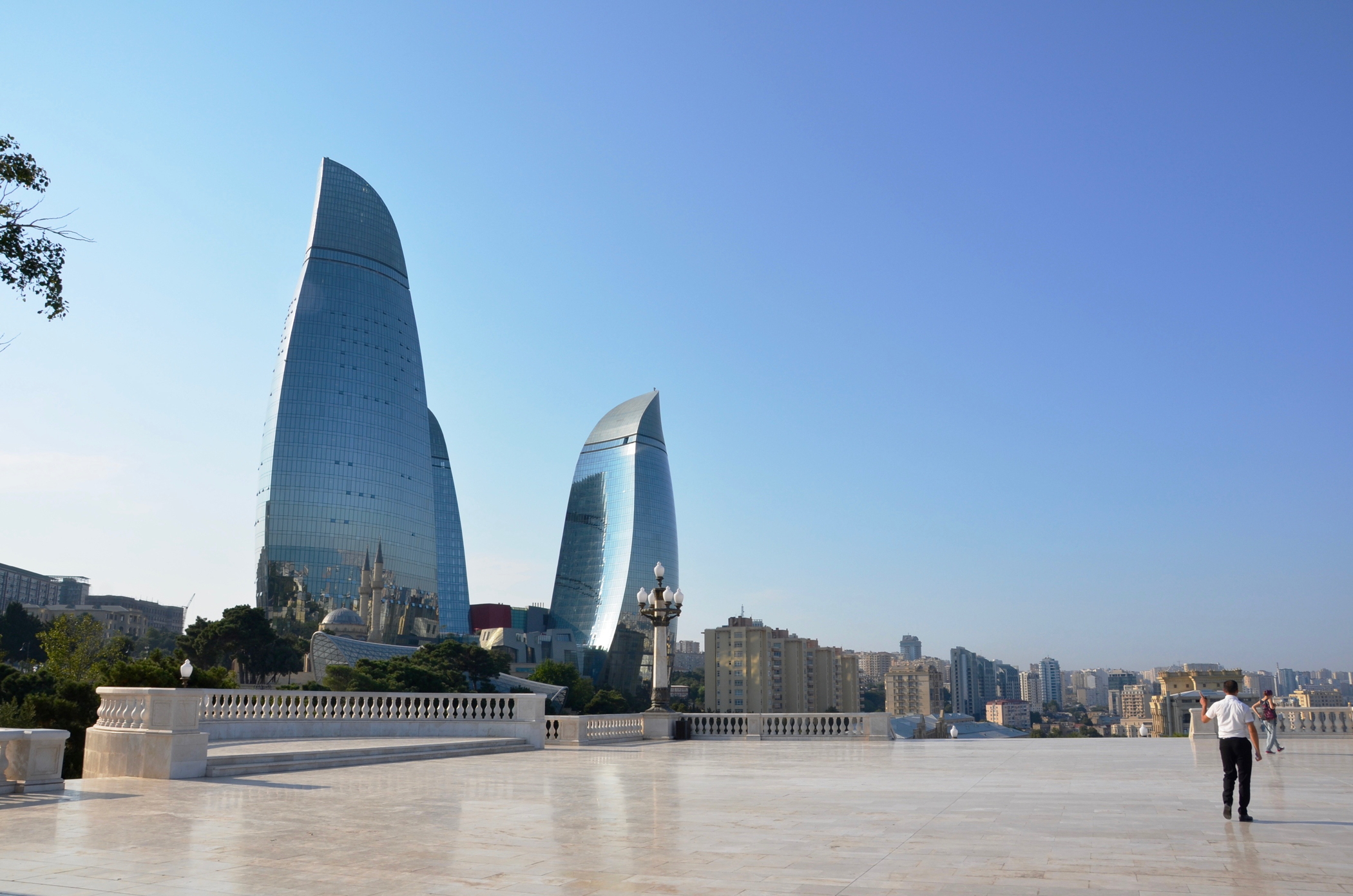 Rundreise_Aserbaidschan_Baku_Flame_Towers
