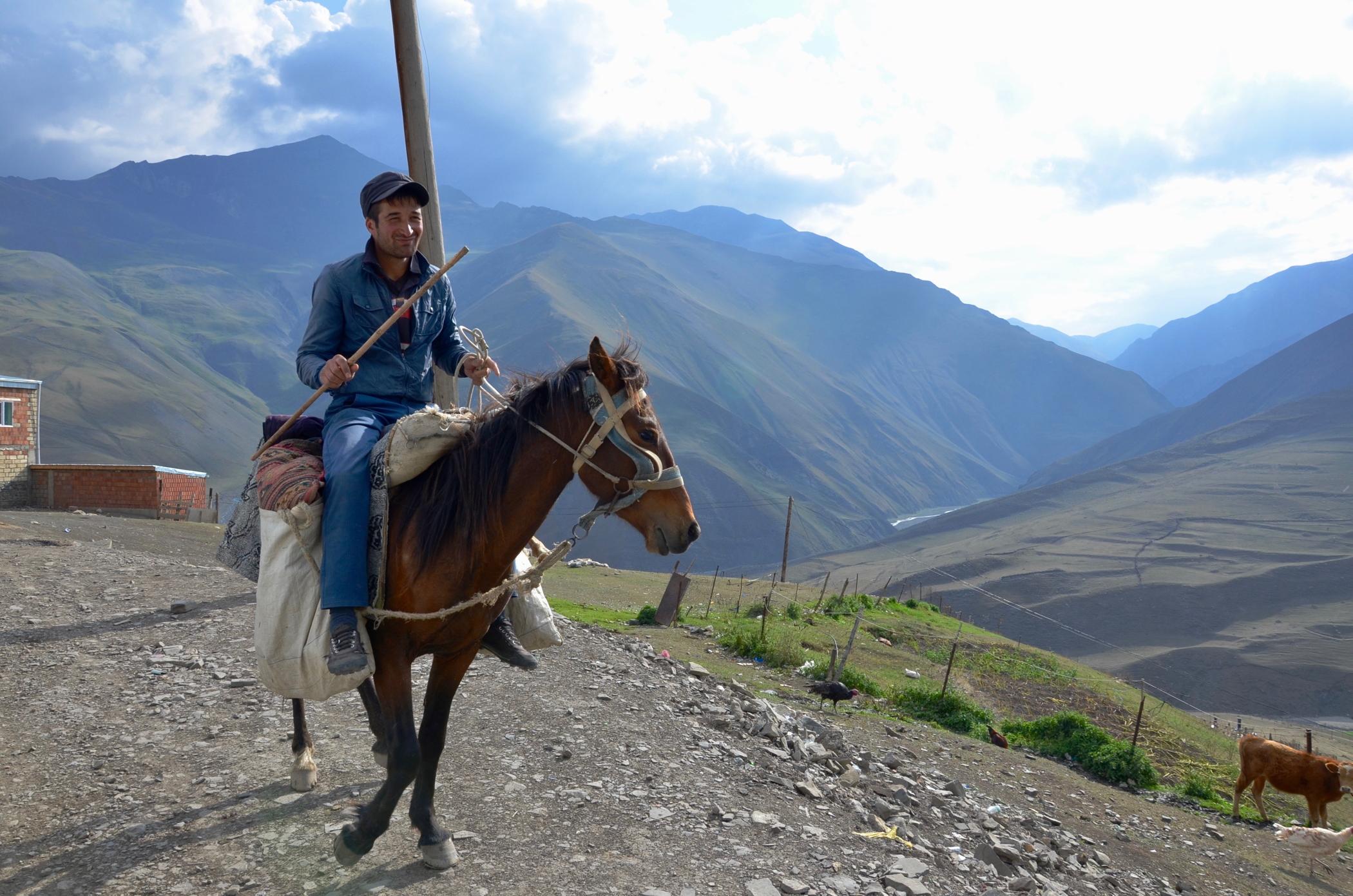 Rundreise_Aserbaidschan_Xinaliq_Reiter