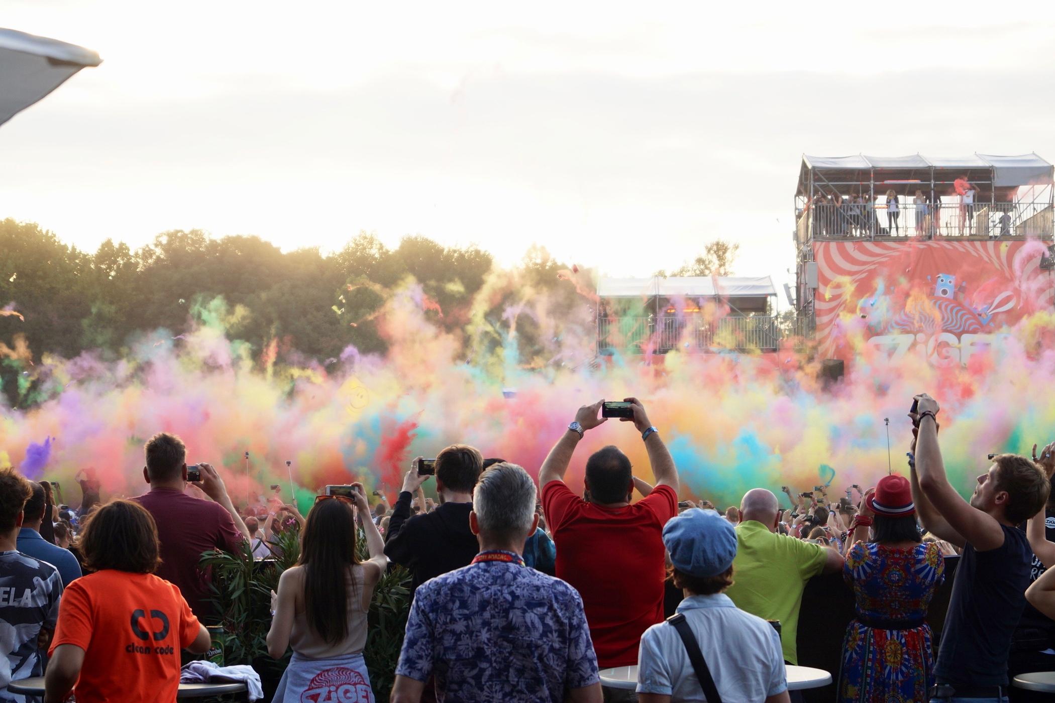 Holi Festival of Colours auf dem Sziget Festival Budapest