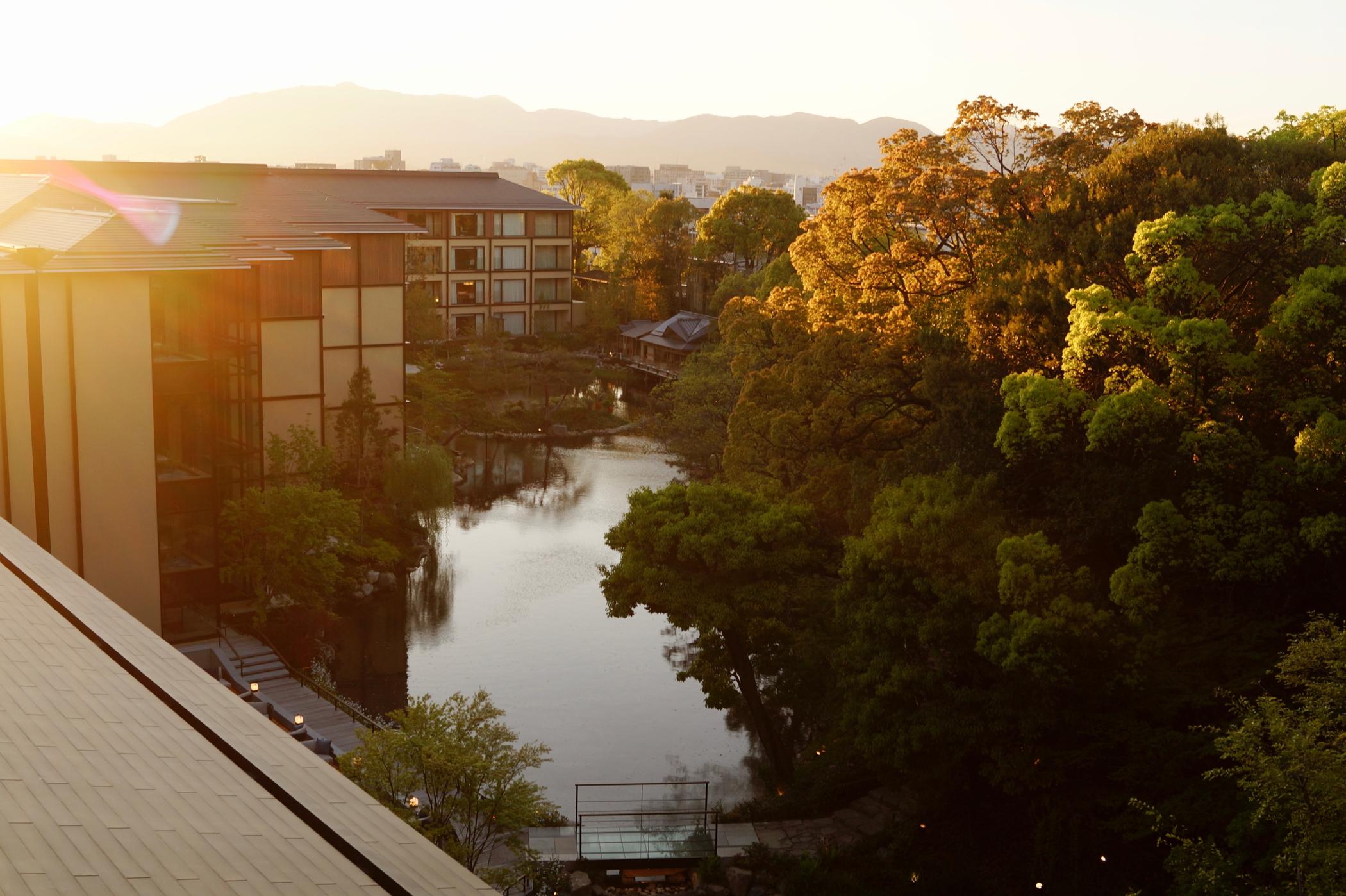 Ausblick aus dem Zimmer des Four Seasons Kyoto